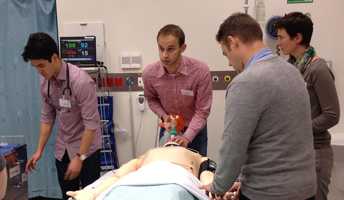 http://whanaesthesia.org/wp-content/uploads/2016/10/ACE-2104-simulation-BMV-CICO-ALS-advanced-life-support-CRM-.jpg